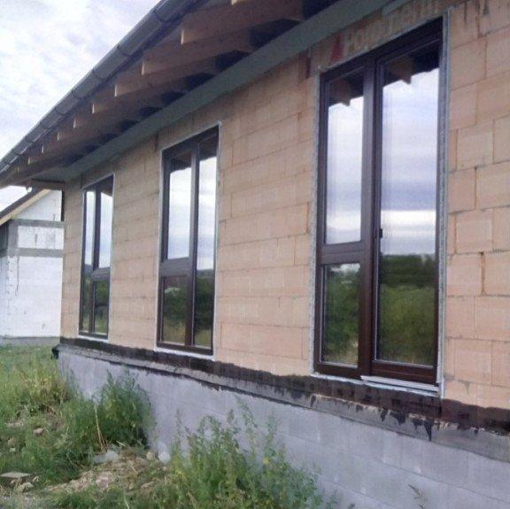 Bungalov - hrubá stavba v Berouně