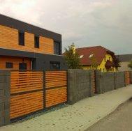 Oplocení domu v Praze - Východ